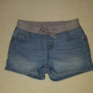 Cute preloved girls denim shorts